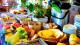 Pousada Terra Madre - O buffet inclui opções de frutas, cerais, pães, bolos e muitas outras delícias.