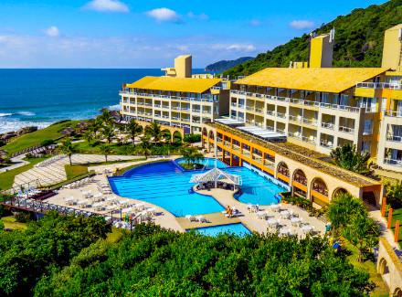 Florianópolis, SC: Resort All-Inclusive à beira da Praia do Santinho | All-Inclusive | Aéreo É Mais, 3 Crianças ou Mais, Resort, Praia, Viajar com Crianças, Diversão, Premiados Zarpo, Premiados All-Inclusive