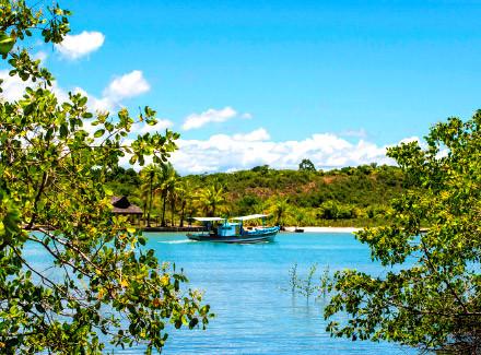 Arraial d'Ajuda, BA: Exclusivo Hotel à beira de praia privativa | Café da Manhã | Viajar a Dois, Praia, Hotel de Charme